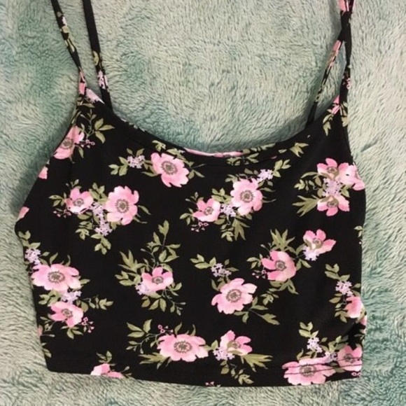 H&M Tops - Floral Cami Crop Top