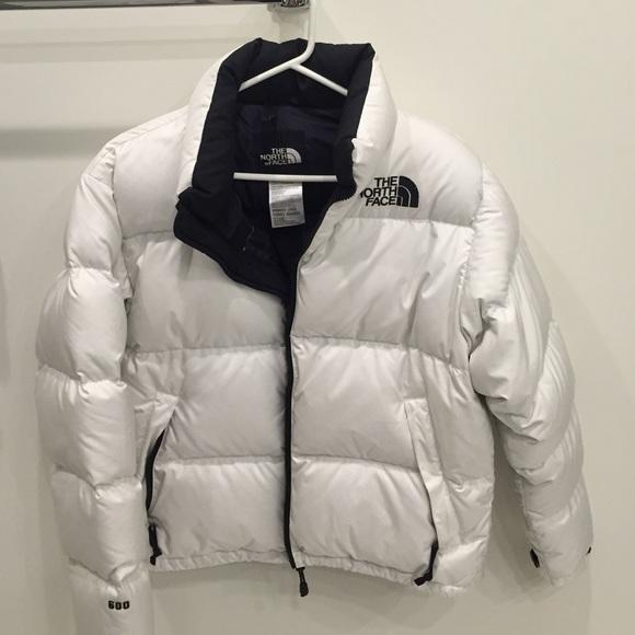 e76f9904f Women's North face white bubble jacket