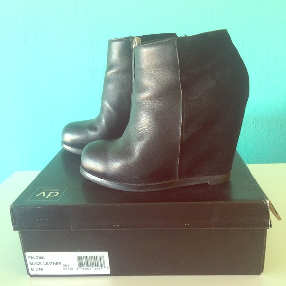 6ed5e996d29 DV by Dolce Vita Paloma Black Wedge Booties sz 6.5