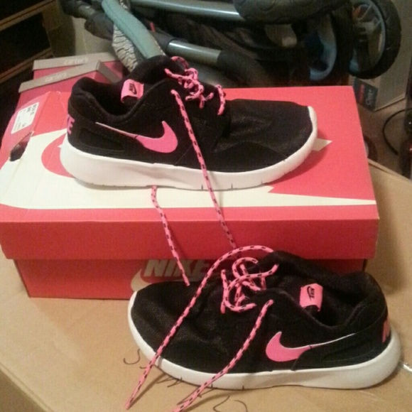 nike shoes size 13 new 930410