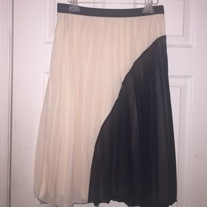 Atmosphere pleated two color skirt