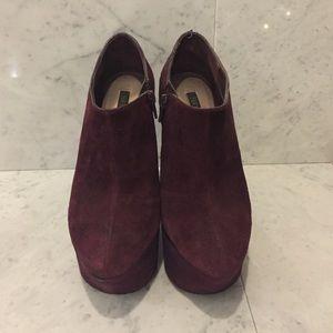 ShoeMint Suede Maroon Platform Booties s6.5