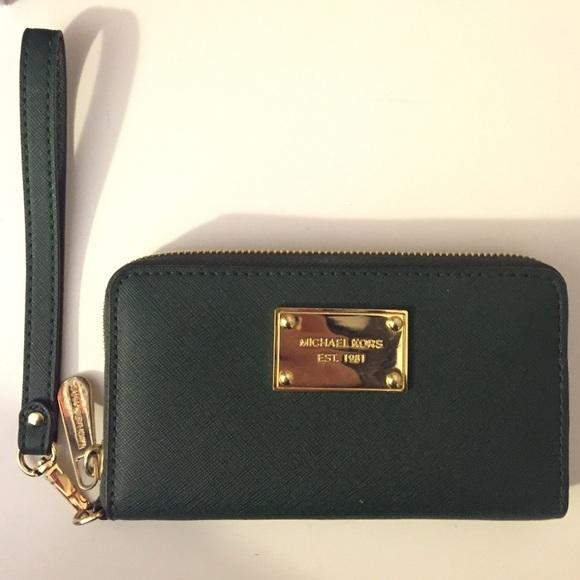 604f6a5579f0 Michael Kors Bags | Dark Green Wallet | Poshmark