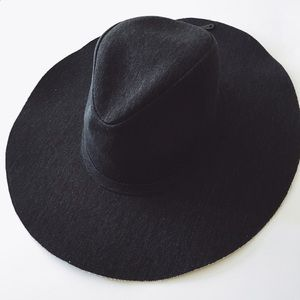 Forever 21 Accessories - Black Wide-Brim Canvas Fedora Hat
