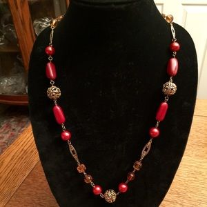 VINTAGE GOLD TONE RED, AMBER AND PINK NECKLACE