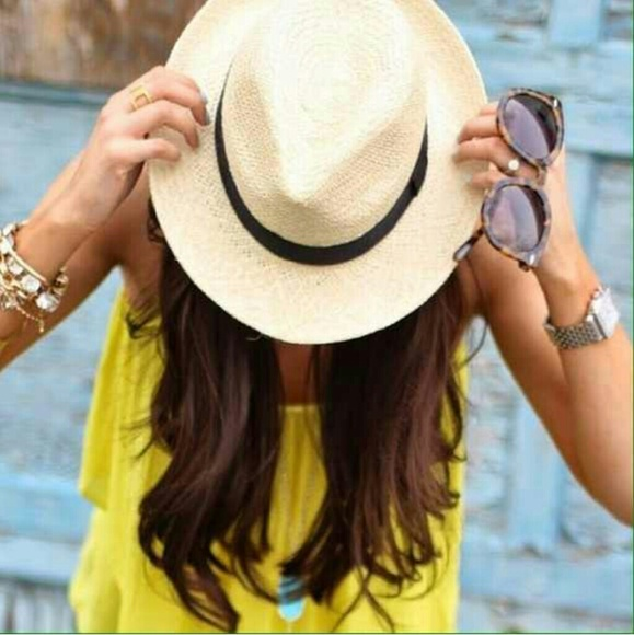Karis' Kloset Accessories - Accessories | Light Chic Straw Fedora