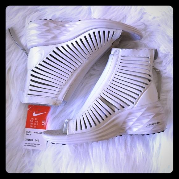700860c32d80 Nike lunarsandiator Sky hi wedge gladiator sandals