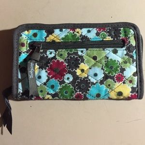Thirty one  Handbags - Thirty One : Retired Floral Clutch/Wallet