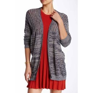 Sweaters - •Marled lightweight sweater•