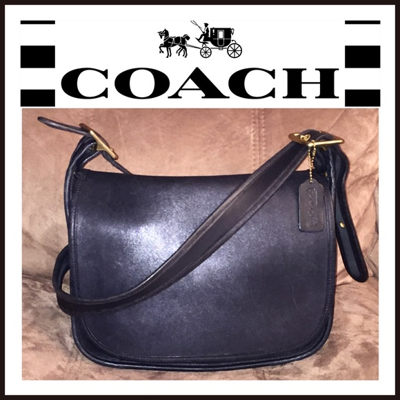 Coach Handbags - VTG Coach Patricia Legacy Stewardess Messenger Bag fb27eb99b1e54