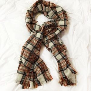 Accessories - NWOT Cream & Maroon Warm Plaid Blanket Scarf