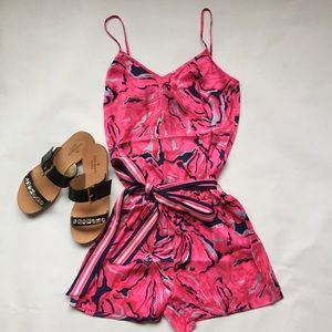 Lilly Pulitzer Dresses & Skirts - Lily Pulitzer Deanna Romper - pink and navy