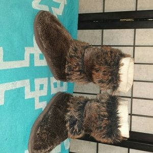 Cute furry boots.