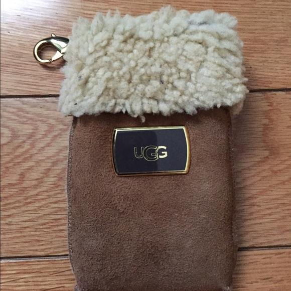 UGG PHONE CASE/CARD HOLDER