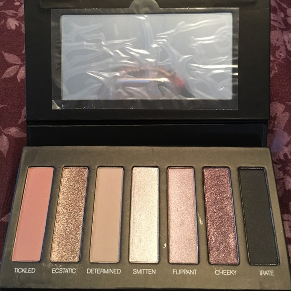 39 Off Younique Other Younique Moonstruck Addiction Shadow Palette From Stacy S Closet On