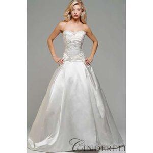 Kirstie Kelly Dresses - Kirstie kelly Cinderella wedding gown