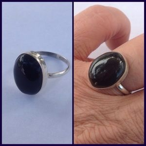 Jewelry - Sterling Silver Amethyst Ring