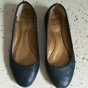 Bally black leather ballet shoes size 36.5  (6.5)