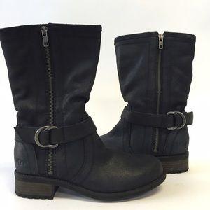 NIB Silva Black UGG Boots