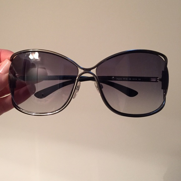 921db81895c Tom Ford Accessories - ✂️PRICE CUT✂ TomFord Eugenia PERFECT CONDITION