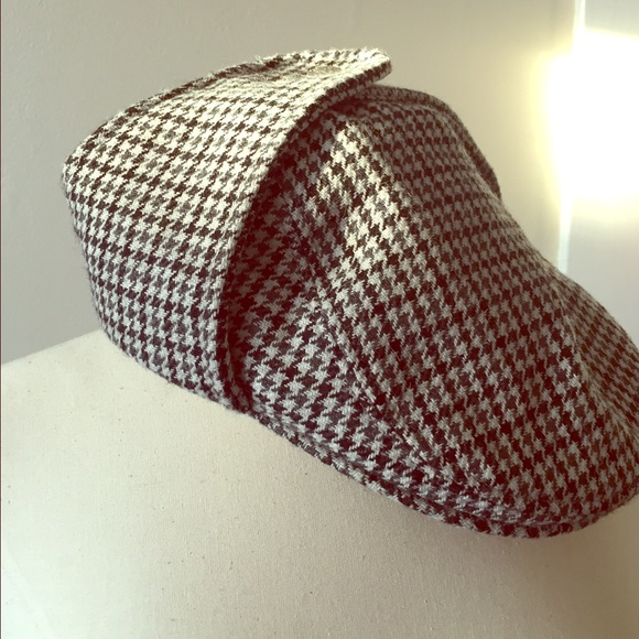 f1f266ec6f4 Accessories - Kangol Tweed Bugatti cap