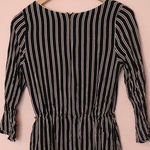 Forever 21 Dresses - Forever 21 long sleeve striped dress (small)