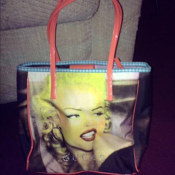 a8ce9d58e7 Guess Handbags - Guess Marilyn Monroe handbag tote
