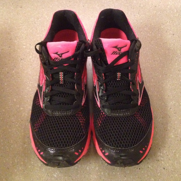 new styles ae375 06368 NEW Mizuno Wave Sayonara 3 Running Shoes w  gift