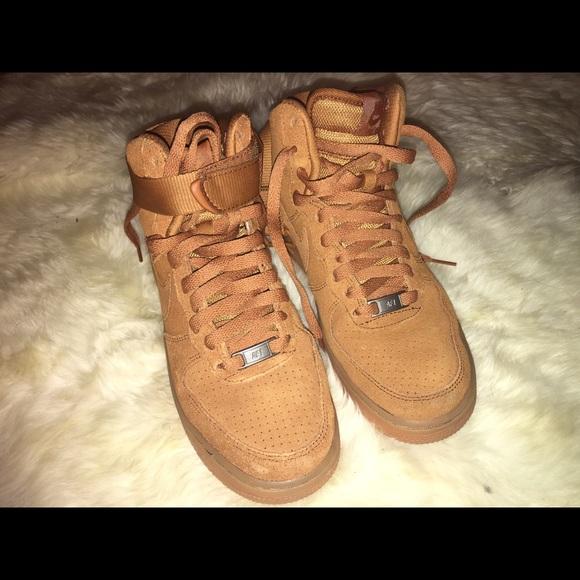 Nike Schuhe | New High Air Force 1 Suedetawny Farbe | Poshmark