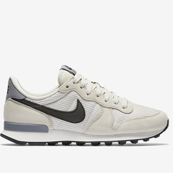low priced 20cd5 556d0 Nike Shoes | Internationalist Womens Sneaker | Poshmark