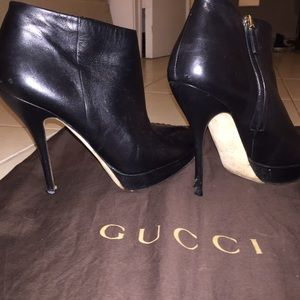 Gucci leather booties