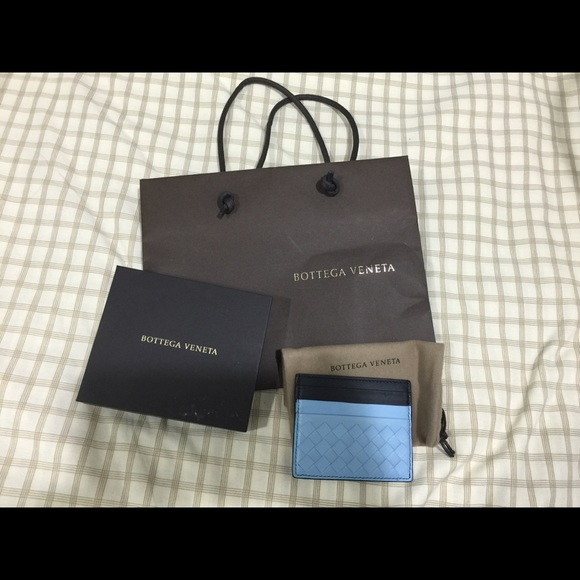 699841bc4715 Bottega Veneta Accessories - 🚨Last Chance Sale🚨 Bottega Veneta Card holder