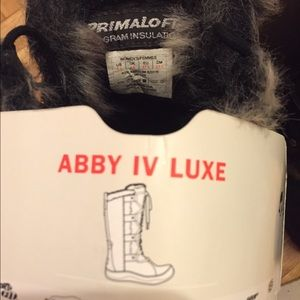 ca03d3a41 The North Face: Abby IV Luxe boots