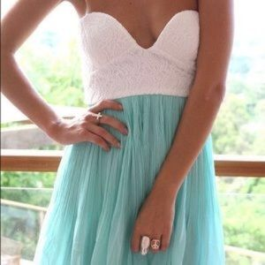 White and turquoise dress size M