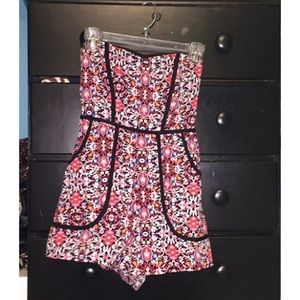 Pants - Strapless floral romper