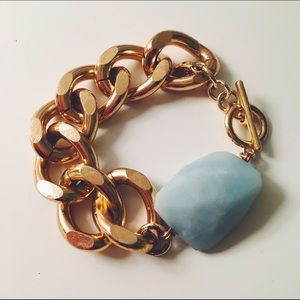 Jewelmint Jewelry - Jewelmint Chunky Gold Bracelet with Amazonite