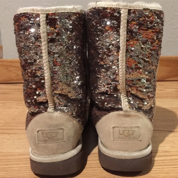 48c937cacd3 BLACK FRIDAY SALE sparkle UGGS size 10