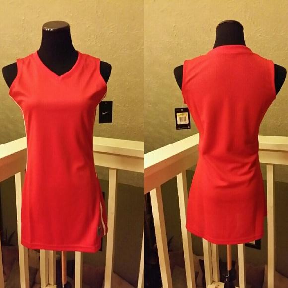80 Off Nike Dresses Amp Skirts Nike Women S Basketball