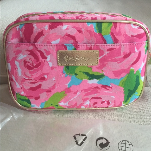 140ca3dd12e1 New Lilly Pulitzer First Impression Cosmetic Bag