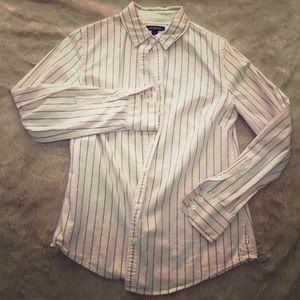 Lands' End size 4 pink button-up blouse