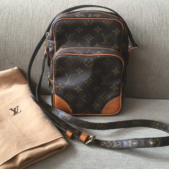 4d5831eb26 Louis Vuitton Handbags - Louis Vuitton Amazon cross body bag