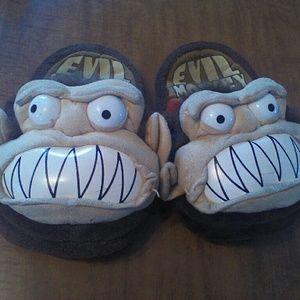 ebeffa3379f38 Family Guy Evil Monkey slippers