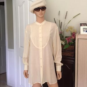 Betty Barclay Tops - 💐Betty Barclay pale yellow blouse