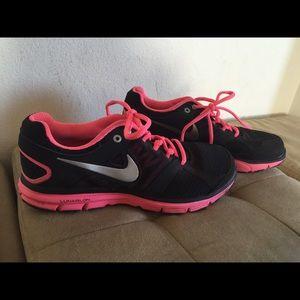 Nike 7.5  LunarForever 2 running shoes