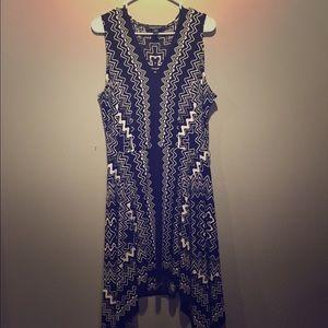 Black and white geometric knit dress