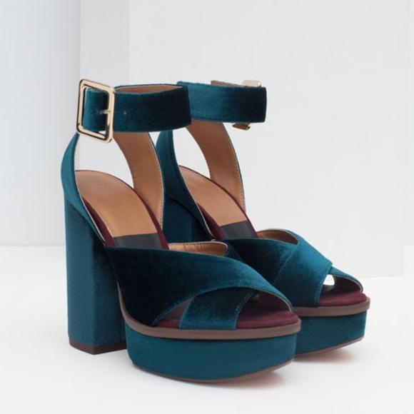 488d949df90 ZARA Velvet Platform Sandal