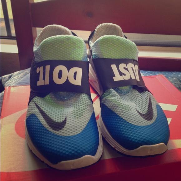 ba58f89e7925 Nike Lunarfly 306 QS