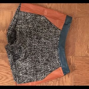 Knit shorts with pleather detailing on the side