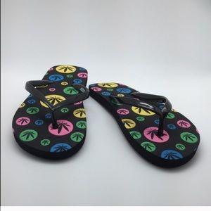 NWT Weed  Flatform Comfortable Flip Flops 😍