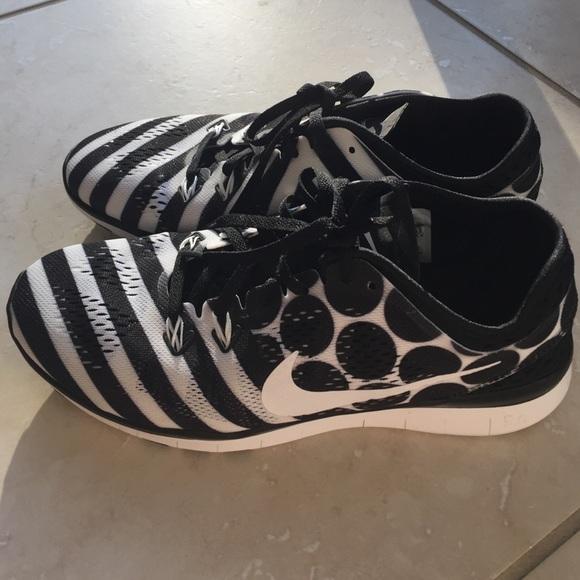 nike free black and white stripes and polka dots